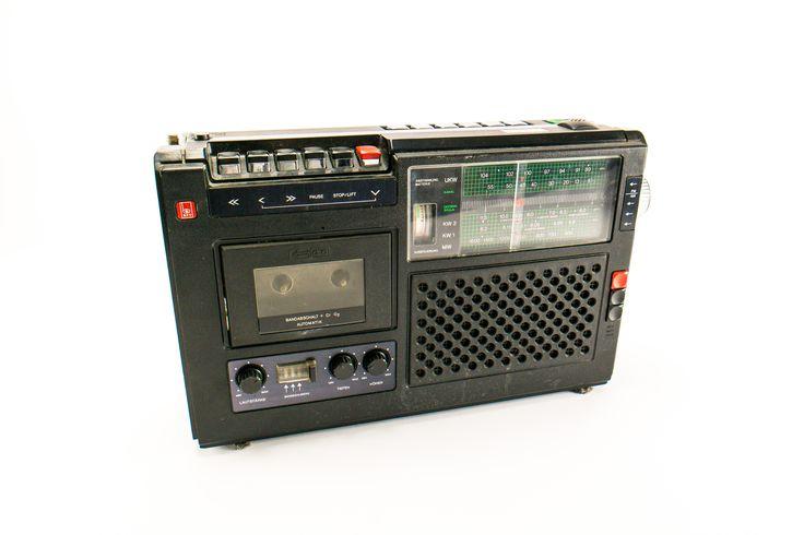 """DDR Museum - Museum: Objektdatenbank - """"Radiorecorder"""" Copyright: DDR Museum, Berlin. Eine kommerzielle Nutzung des Bildes ist nicht erlaubt, but feel free to repin it!"""