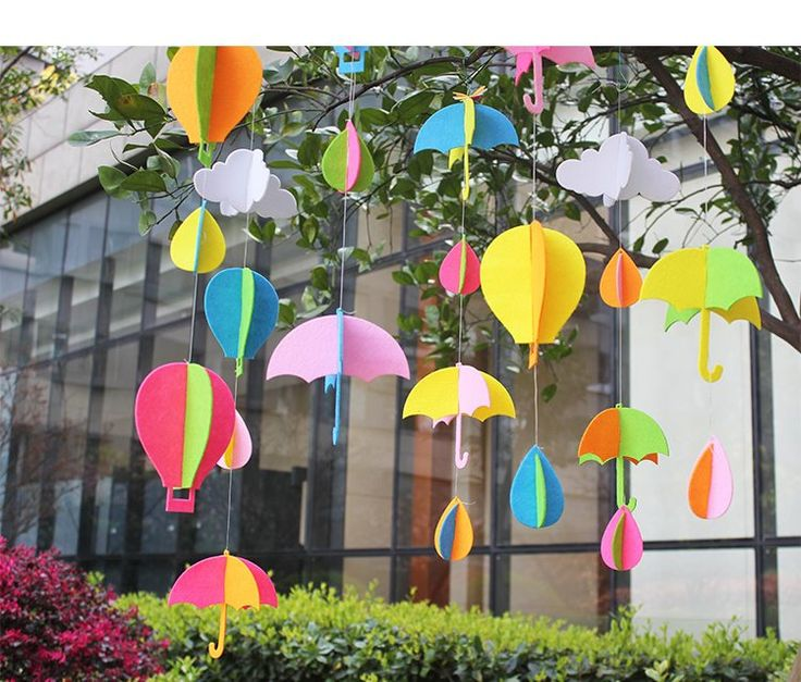 Free cut non-woven fabric hanging creative DIY classroom corridor cloud raindrops hanging window decoration kindergarten decoration