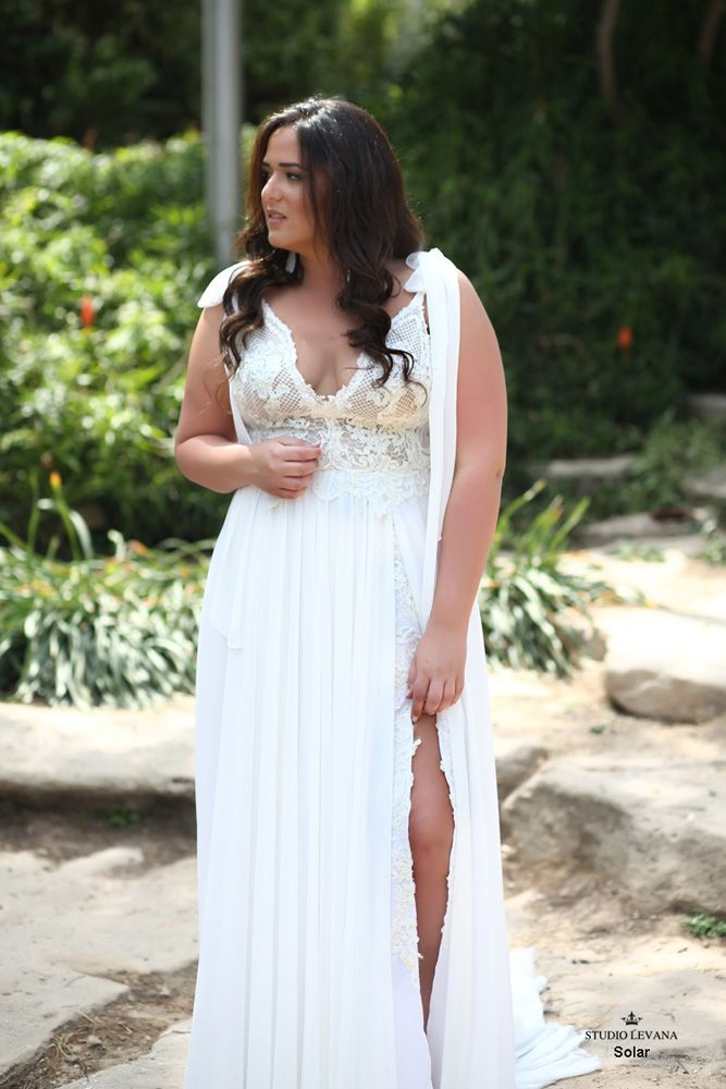 e9409cbe137 Plus size boho wedding dress Solar-(1)