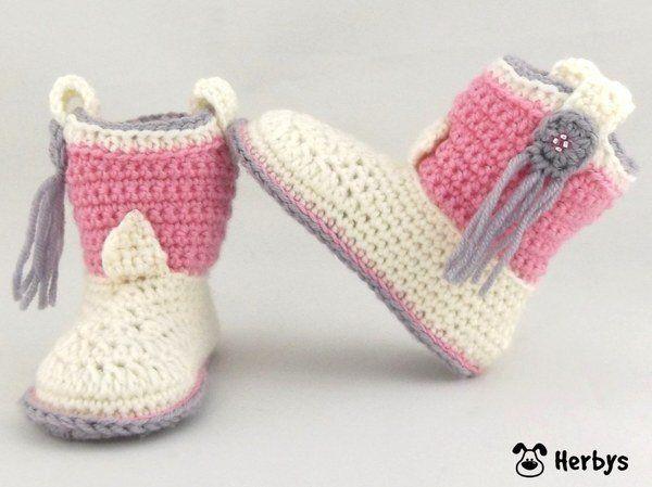 Cowboy Boots sind ein absolutes MUST - HAVE für kleine Trendsetter! Diese Babyschuhe sind ein entzückendes Geschenk zur Geburt oder Taufe und verbreiten garantiert Freude! Eine genaue Schritt für Schritt - Anleitung (PDF-Datei) mit vielen Detailbildern