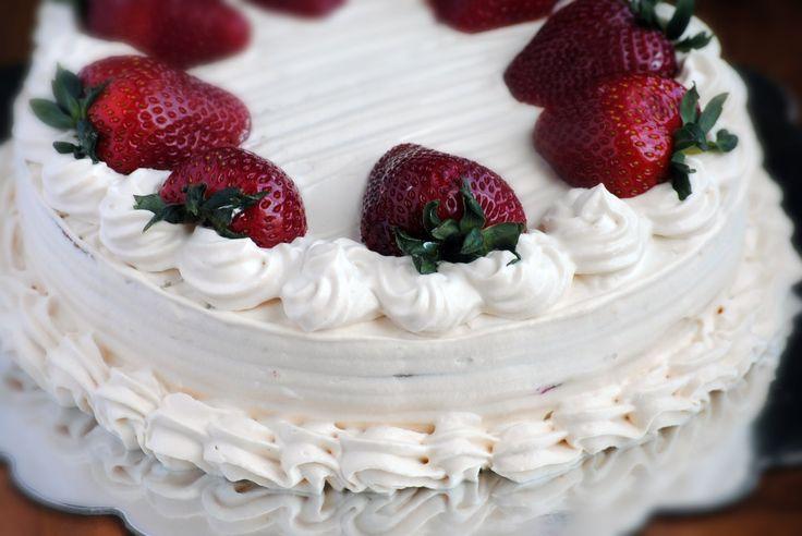 Receta Para Torta de Tres Leches - Cómo Hacer Una Torta de Tres Leches (Genovesa) - Sweetysalado.com