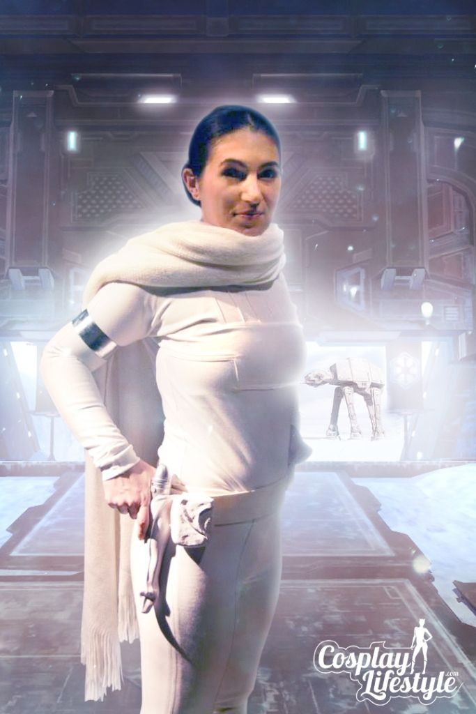 Our first featured Cosplayer is Naboo Rebel Cosplay who recently sent us a photo of her Padme Amidala, Star Wars Cosplay (hope you like the edit that we did!). Naboo Rebel Cosplay is best known for her Padme Amidala, Star Wars Cosplays however she can also be found at cons in Game Of Thrones and Hunger Games Cosplays also.  http://cosplaylifestyle.com/blog/padme-amidala-star-wars-cosplay-by-naboo-rebel-cosplay/