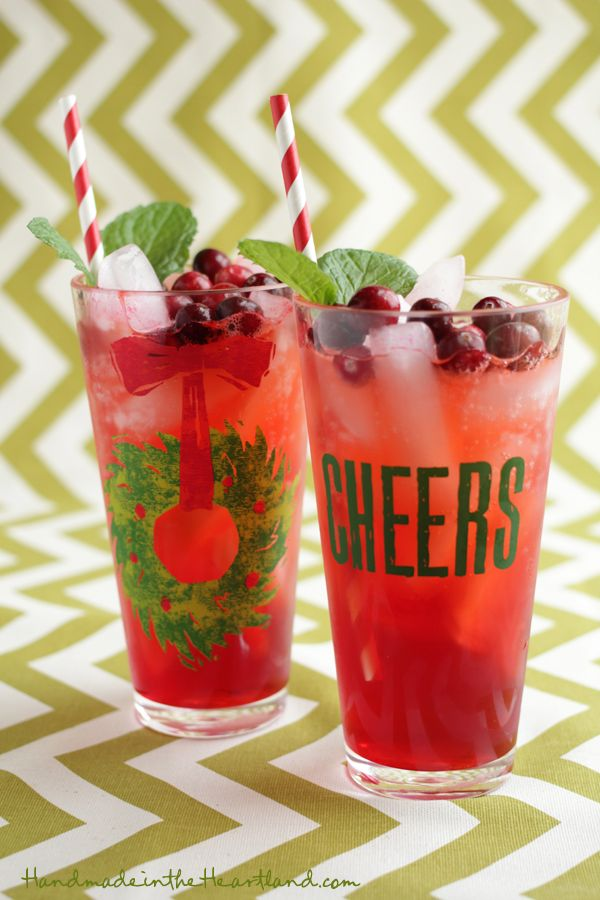 Cranberry Mint Holiday Punch Recipe #Recipe #cuisine #noel #food #christmas