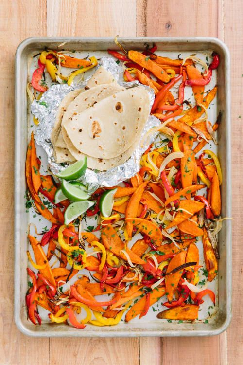 These fajitas have roasted sweet potato slices dusted in cumin and smoked paprika. Stuff them into warm tortillas and drizzle with a tangy yogurt and lime crema. Easy Vegetarian Dinner, Vegetarian Recipes, Healthy Recipes, Vegetarian Fajitas, Vegan Meals, Healthy Eats, Weeknight Recipes, Easy Main Dish Recipes, Vegetarian Options