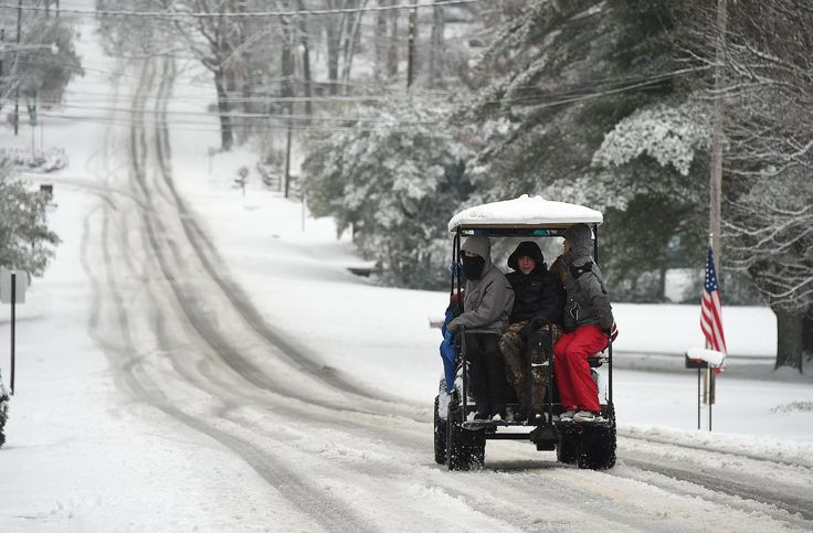 Another round of snowy and icy weather led to school closings, dangerous driving conditions and power outages Thursday across the South and even delayed a Georgia execution.  A wintry mix of snow, sleet and freezing rain fell across the Gulf Coast states, the Carolinas and the D.C. area.  [...] parts of northern Alabama have seen more than 10 inches of heavy, wet snow, causing tree damage and power outages.  Georgia delayed the execution of its only female death row inmate because of the ...