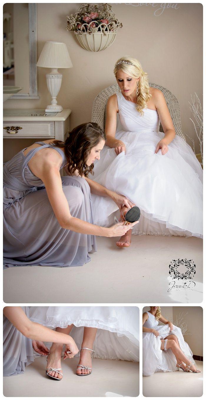 wedding shoes, bridal shoes, wedding shoe photos