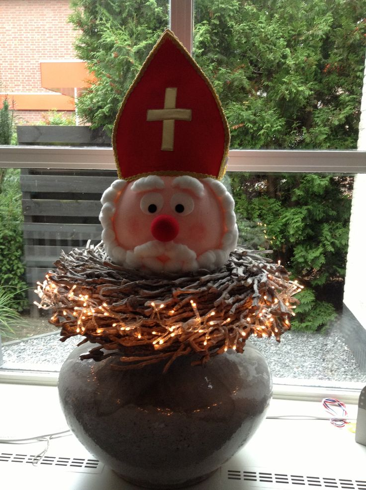 MAZZELSHOP-- #Inspiratie #Decoratie #Thema #Sinterklaas #5december #Knutselen #DIY Sinterklaas van piepschuim bal