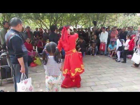 Kunming Green Lake Park - YouTube