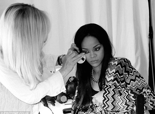 Karin Darnell and Rihanna on set