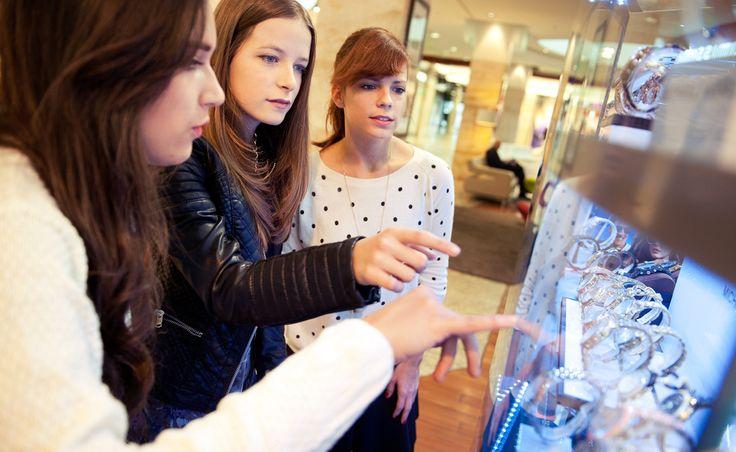 #mompark #silverislandsbuda #iemma #fashiondonor #momparkstylist #youngfashion  http://iemmafashion.com/2013/11/mom-park-collaboration/