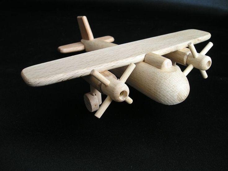 wooden-plane-modell