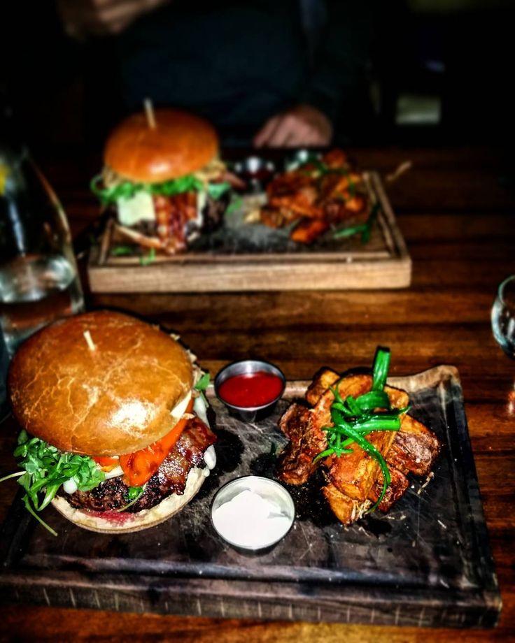 Downtown Campbell: Best 1LB-MR- Cheese Burger . #life #instagram #lasmaslindas #instalike #instachile #santuario #likes #chile #laserena #hola #siguemeytesigo #lasmejores #likeforlike #photo #blancas #like4like #l4l #likeforlikes #likeforlikealways #followmenow #likeforfollow #snapchat #insta #instadaily #instagood #instamoment #likeforlikeback #likeback #instafollow by shervin_ravanmehr