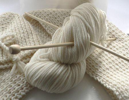 Lavori a maglia: una copertina di lana per il tuo bambino