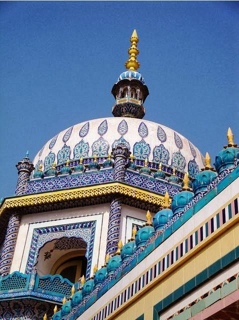 Bhong Masjid in Pakistan