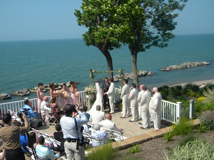 wedding ceremony overlooking lake erie wedding ideas for