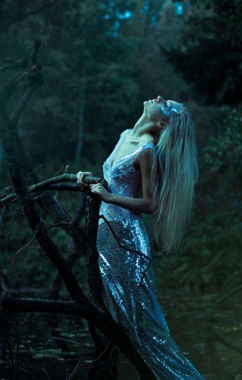 Fairytale fashion fantasy / karen cox.  ♔  sequin skirt