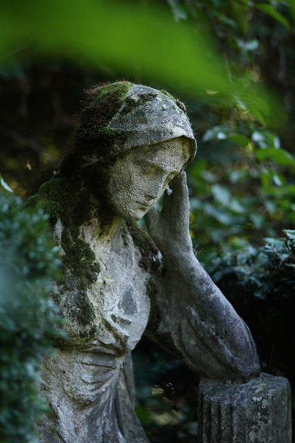 Old Garden Statue: 310 Best Images About Old Cemeteries And Angel Statues On