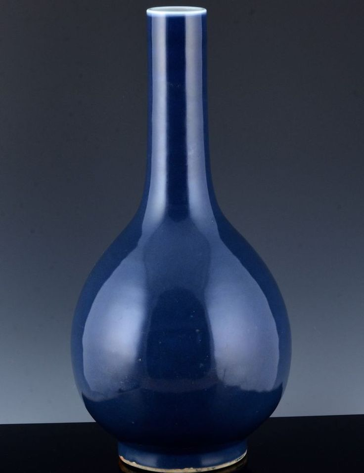 IMPORTANT18THC CHINESE IMPERIAL QIANLONG MARK PERIOD MONOCHROME BLUE BOTTLE VASE