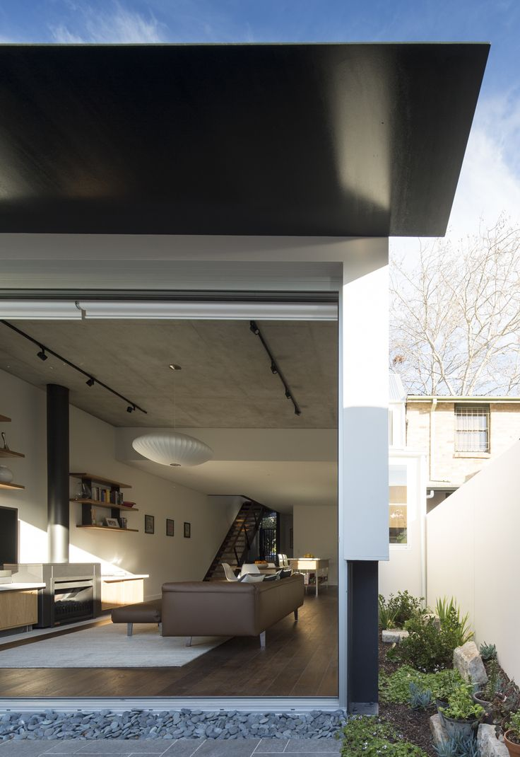 (c) Brett Boardman Side Garden Fireplace Sydney Terrace