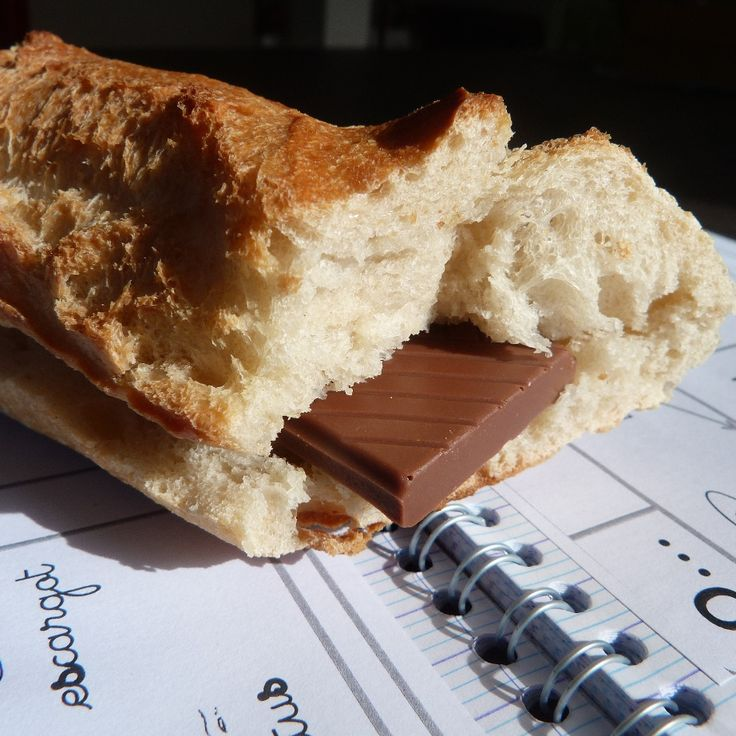 an explanation of the french mid-afternoon sweet snack called goûter