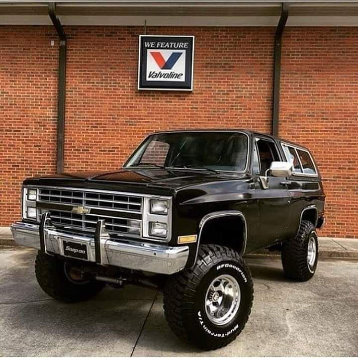 Top 10 Lifted Chevy Trucks Modified For Off Roading And Desert