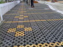 4 stuks/partij Walk Path Baksteen Cement Maker Mold Plastic DIY Tuin Beton Lopen Weg Bricks Decoratie Vorm Twisted 8(China (Mainland))
