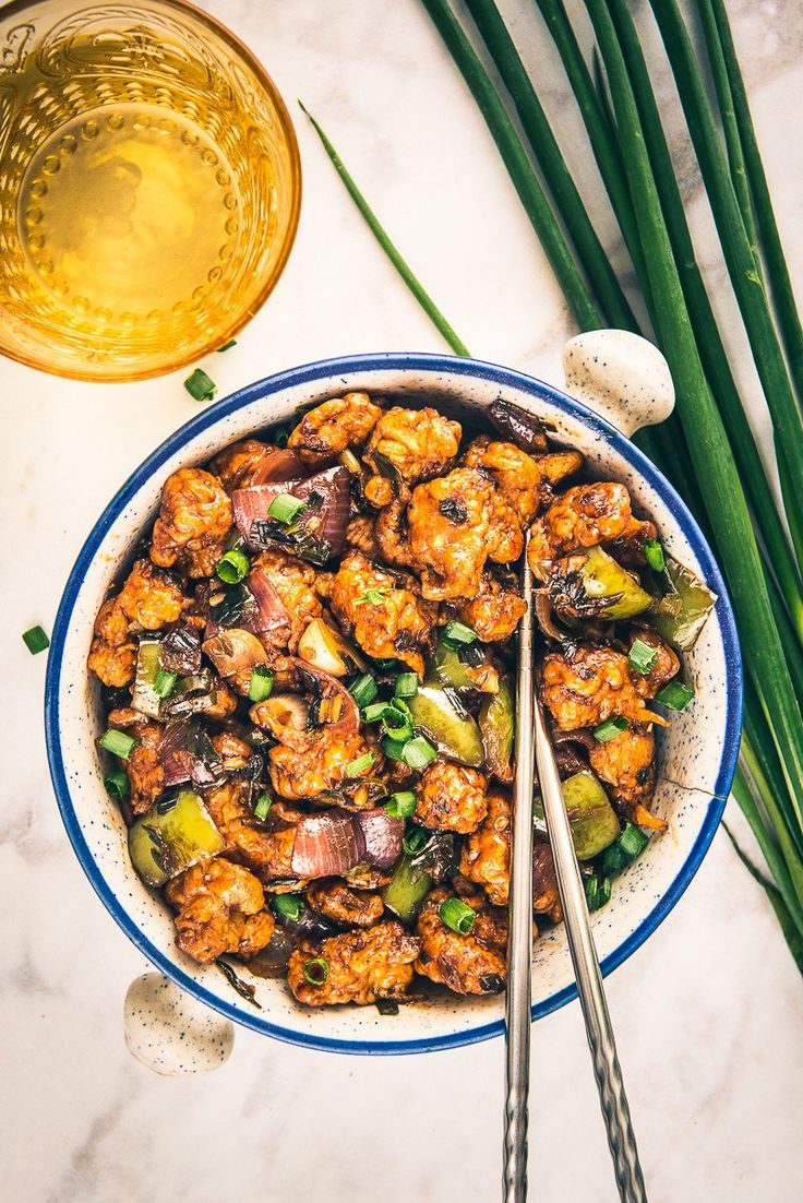 A delicious and a different take on manchurian, Dry Gobi Manchurian combines the goodness of cauliflower and sizzling sauces as a wonderful appetizer!