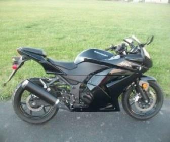 Used #Kawasaki 2011 #Sportbike_Motorcycle in OH @ http://www.usamotorbike.com