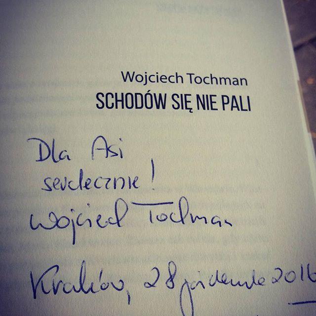 I'm so happy 😊😊 na Targach miałam przyjemność poznać jednego z moich ulubionych autorów reportaży - Wojciecha Tochmana. I przy okazji oczywiście uzupełnić biblioteczkę 😆😆📚 #targiksiazki #kraków #tochman #książki #books  #happy