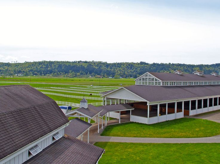 River Run Ranch - Barn connected to arena