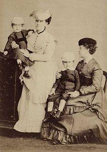 Febre tifoide – Wikipédia, a enciclopédia livre - A Princesa Leopoldina, filha do Imperador do Brasil Dom Pedro II, morreu de febre tifoide em 7 de Fevereiro de 1871.