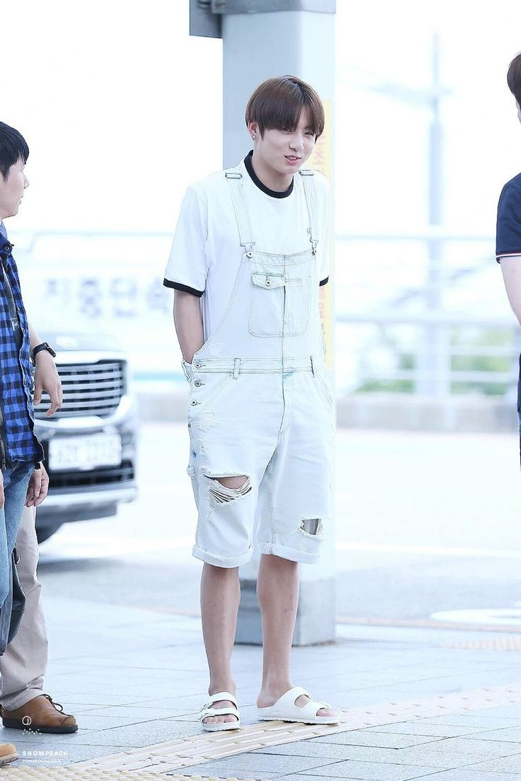 22 Best Bts Jungkook Airport Fashion Images On Pinterest