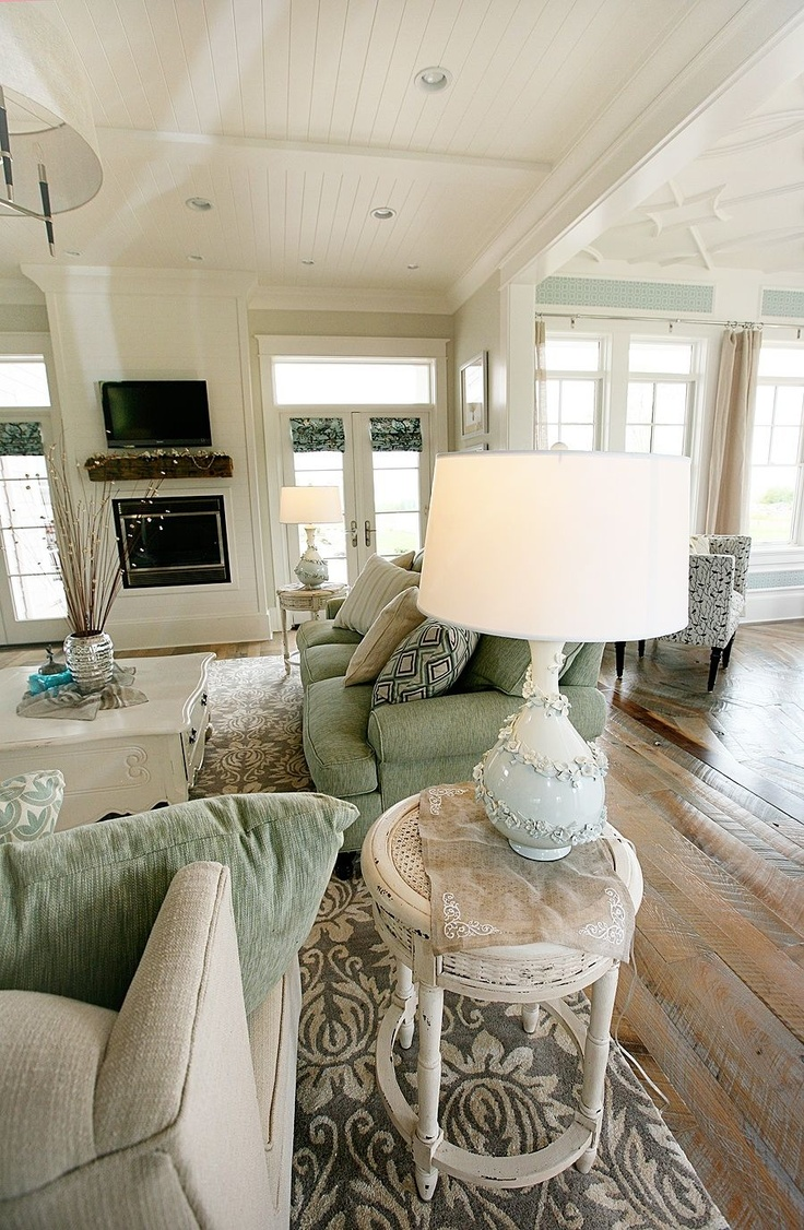 25 Best Ideas About Mint Living Rooms On Pinterest Mint Rooms Mint Color Schemes And Mint