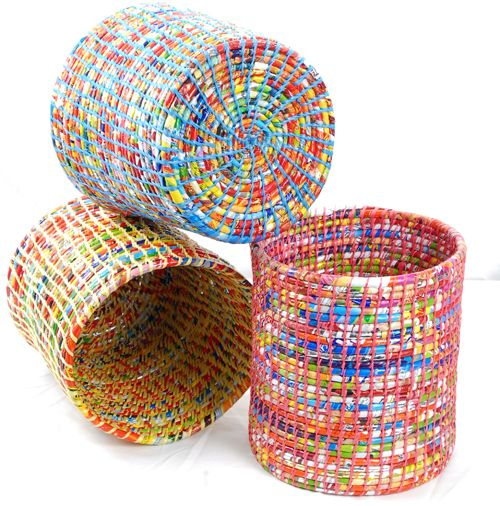 I love the colors in these recycled plastic bag trash cans as much as I love the colors in rolled magazine page projects!