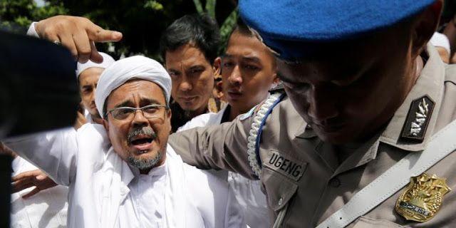 Rizieq Shihab Ditetapkan sebagai Tersangka Dugaan Penistaan Pancasila http://www.detik.pw/2017/01/rizieq-shihab-ditetapkan-sebagai.html