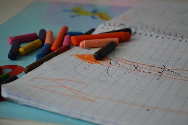 http://goo.gl/f6ivPL  Ihmemutsin mielestä lapset ovat ainutlaatuisia sotkun ja tahrojen tekijöitä. Onko näin? #ihmemutsi #onniblogit