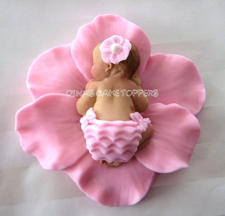 fondant baby in flower #cake #toppers