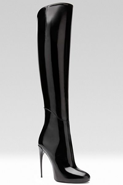 Smooth and very sleek black...love these.... Gucci - Women's Shoes - 2013 Fall-Winter