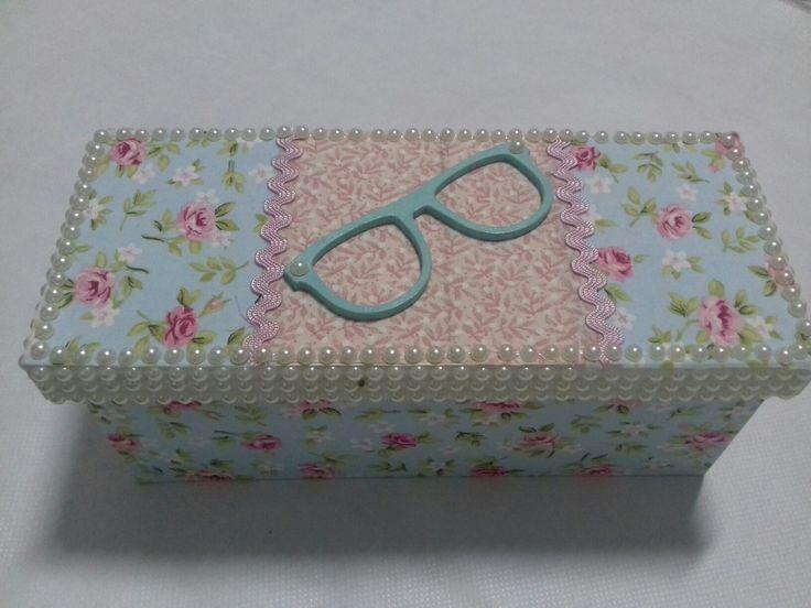 Caixa pra guardar óculos