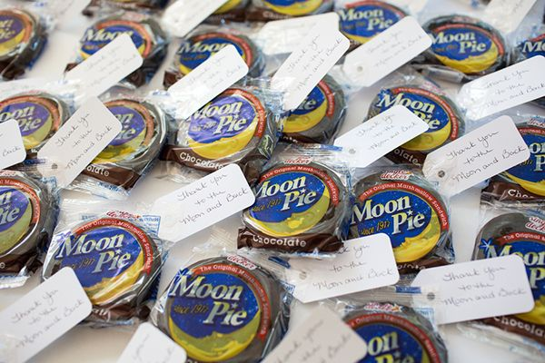 Moon Pie Favors - Thank you to the moon and back! | Cariad Photography | See More: http://heyweddinglady.com/spring-green-southern-wedding-with-a-travel-theme/