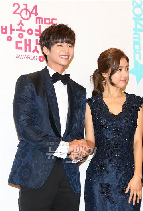 wgm dating in real life 'we got married' was 100 percent real, but not real we had to  the other 'but not real' part was obviously that they're not really serious about the dating.