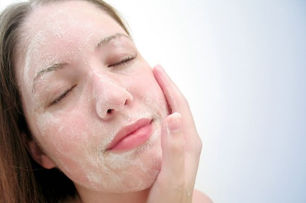 7+Best+Exfoliating+Products+To+Make+Your+Face+Acne+and+Blemish+Free