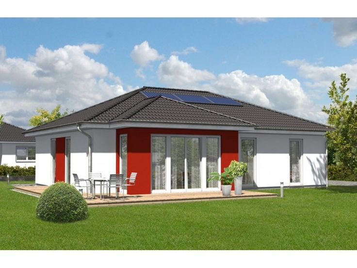 Bungalow 110 - #Einfamilienhaus von Town & Country Haus Lizenzgeber GmbH | HausXXL #Bungalow #klassisch #Walmdach