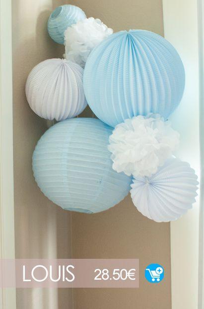 deco chambre bebe garçon en bleu et blanc avec un kit de lampions Sous Le Lampi…