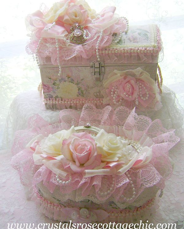 Ivory and Pink Rose Decorative Case.  I can use my little cigar boxes to make something like this.