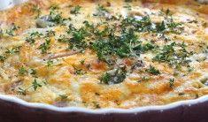 Det blev en snabblagad lunch idag : Omelett med skinka och mjukost. Med en grönsallad. Till en mindre stekpanna: 2 ägg 2 msk grädde Lite salt olivolja Skinka + mjukost. Gör så här: Vispa ihop ägg och grädde och lite salt. Värm upp en stekpanna med olivolja, och häll ner … Läs mer