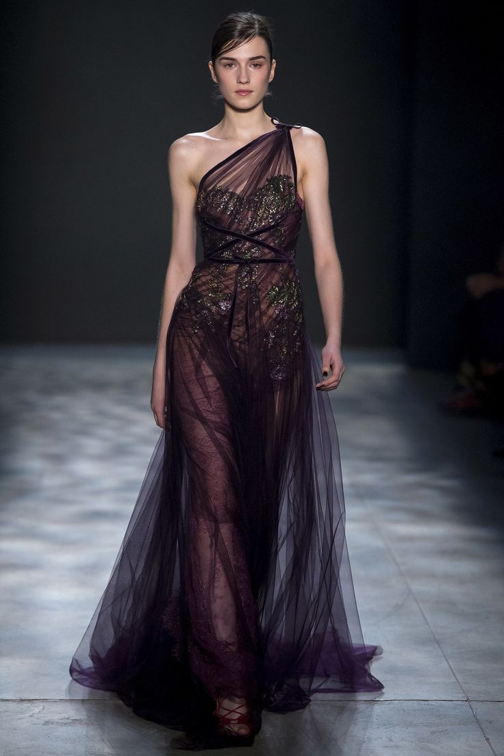 Marchesa Fall 2017 Ready-to-Wear Fashion Show NYFW New York Fashion Week