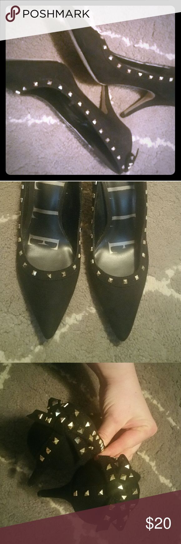 Elle Black & Gold Studded Velvet Pumps size 7.5 Cute black velvet pumps with gold studs and bows on heels. Elle Shoes Heels