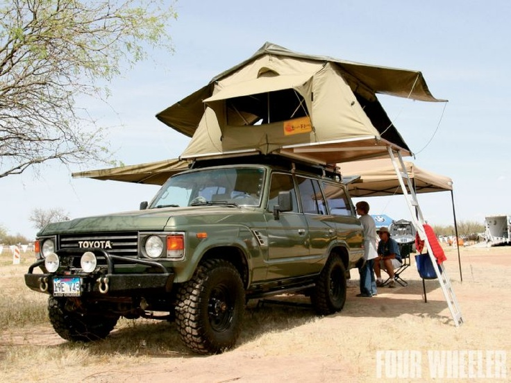 60-Series Land Cruiser with Eezi-Awn roof tent