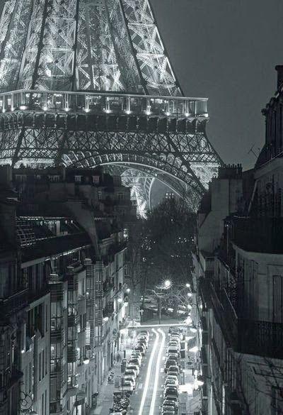 Awesome Click, Paris